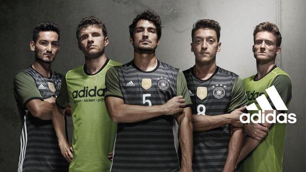 Adidas-DFB-Trikot-146327-detailp